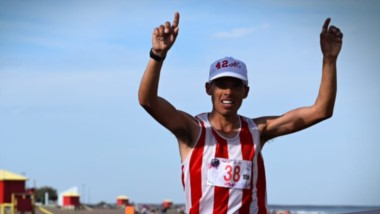 Ariel Cretton arribando a la meta. Tras ganar la edición del 2017, volvió a poner su nombre en lo más alto.