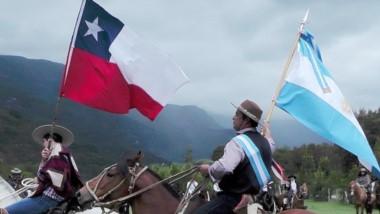 Argentinos y chilenos celebraron la hermandad. Hubo baile e intercambio de música típica.