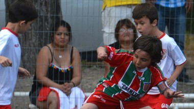 """La 17ma edición del """"Baby fútbol"""" ya se juega en Trelew y Puerto Madryn."""
