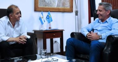 Un nuevo encuentro con el intendente de Comodoro, esta vez en Casa de Gobierno.