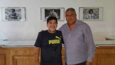 Diego Maradona arremetió contra Jorge Sampaoli y Chiqui Tapia y dijo que lo traicionaron.