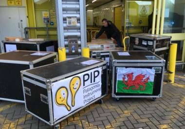 A punto de partir. Los instrumentos ya salieron desde Cardiff, el viernes 9,  llegarán a Puerto Madryn en abril próximo.