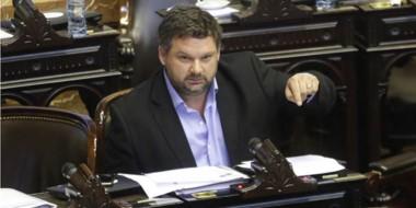 El legislador de Esquel propone combatir el desempleo.