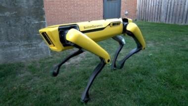 El video de un perro robot abriendo una puerta que causó pánico por su parecido con