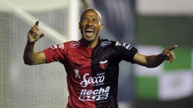 Colón llega de vencer a Zamora, en Venezuela, por la Sudamericana. Hoy se enfoca en la Superliga.