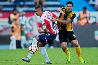 Junior venció por la mínima a Guaraní y dio un paso adelante en su búsqueda por un lugar en la fase de grupos de Libertadores.