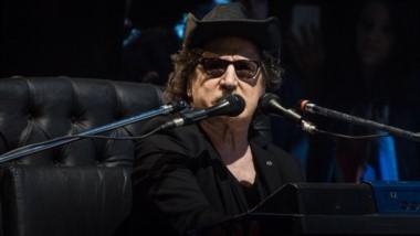 El público vibró y se emocionó con cada una de las canciones. Estuvieron los temas de su último disco y no faltaron algunos de sus clásicos.
