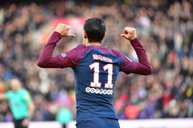 """""""Fideo"""" marcó en la goleada del PSG, quien usó camisetas con sus nombres pero en ese idioma, por el Año Nuevo Chino."""