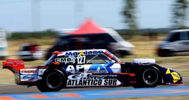 El piloto chubutense tuvo un fin de semana perfecto: hizo la pole, ganó su serie y luego se impuso en la final.