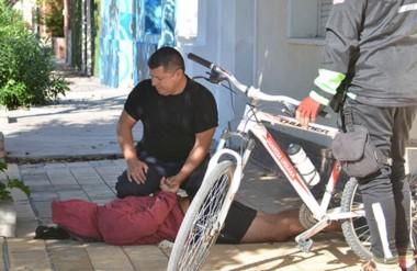 El robo se produjo en la mañana de ayer y dos delincuentes fueron aprehendidos. Hubo un allanamiento.