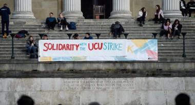 La acción se extiende por 64 centros universitarios, incluidos las más prestigiosos del país, como Cambridge, Oxford o Queen