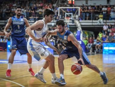 Primera vez que Uruguay gana en competencia oficial en territorio argentino.