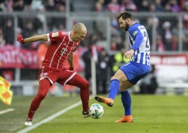 Hertha Berlin frena la racha ganadora de Bayern Munich.