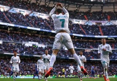 Cristiano Ronaldo acaba de alcanzar los ¡¡300 GOLES!! en la Liga de España con el Real Madrid. Le tomó 285 partidos conseguirlo.