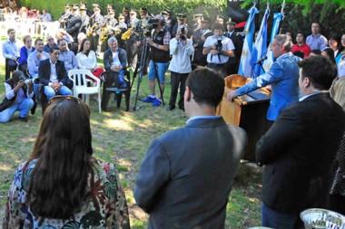 Durante su discurso en 28 de Julio el gobernador Arcioni destacó el trabajo de los productores.
