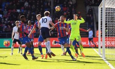 Siempre Kane: El goleador le dio una agónica victoria al Tottenham.