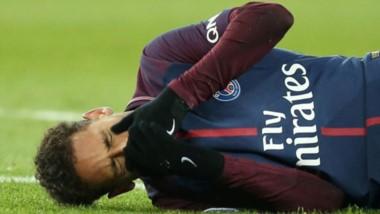 Máxima preocupación en PSG por la lesión de Neymar, a días de la revancha con Real Madrid.