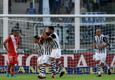 Talleres juega en Bahía Blanca y debe ganar para clasificar a la Libertadores.
