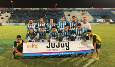 Con gol de Mauricio Asenjo, Gimnasia (Jujuy) derrotó 1-0 a Agropecuario y lleva 10 partidos al hilo sin derrotas en la B Nacional.