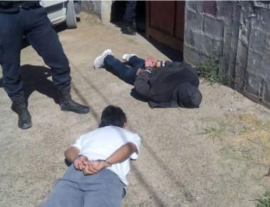 Los gendarmes atraparon a un delincuente en un operativo conjunto.