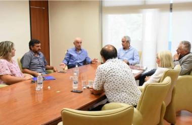 Atenos. El ministro de Economía comenzó la ronda de reuniones con el bloque de Chubut Somos Todos.