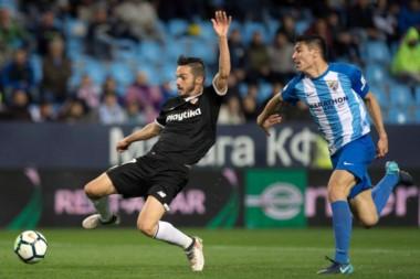 Sevilla de Montella vuelve a sumar tres puntos, a costa de un Málaga al que le quedan pocas vidas en Primera.