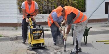 Desde el municipio ya lanzaron la segunda etapa del plan intensivo para reparar las calles de la ciudad.