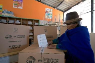 Lenin Moreno logró bloquear el regreso de Correa en Ecuador.
