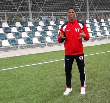 Kendry Tejada, nacido en Santo Domingo,  vive desde los 8 años en Argentina. Convirtió un gol histórico.