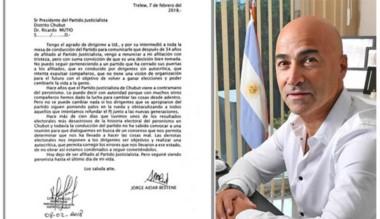 La carta de desafiliación de Aidar presentada ayer a las autoridades. Aidar hizo una fuerte crítica.