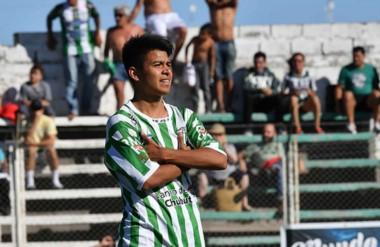 Ivo Pérez convirtió uno de los goles de Germinal en la final de vuelta de Clausura ante Huracán en diciembre.