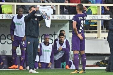 Vitor Hugo ha marcado hoy con la Fiorentina. El sustituto de Astori en el once viola ha celebrado su gol homenajeando al capitán perdido.