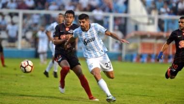 Santiago Salcedo y Albornoz los goles del conjunto de Paraguay.