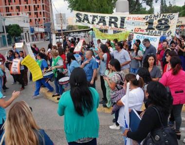 Las protestas que se dieron en las calles de Puerto Madryn por parte de los trabajadores de la salud.