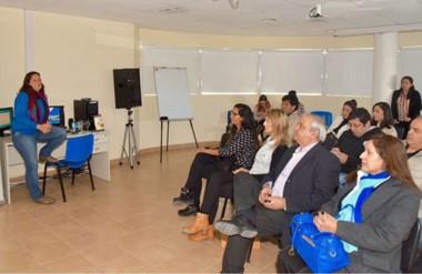 Los cursos de formación estarán destinados a empresarios y emprendedores de diversos rubros.