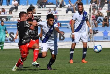 Brown no pasó del empate sin goles con Los Andes en Madryn.