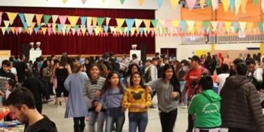 La Feria de Artes y Letras culminó ayer en Dolavon. Se desarrolló durante el fin de semana con éxito.