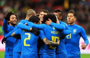 El Estadio Luzhniki de Moscú, previo al choque entre Rusia y Brasil.