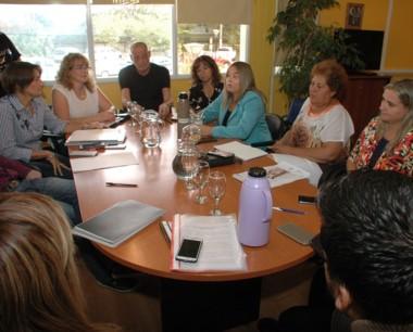 Se informó a los concejales sobre las acciones en el área educativa.