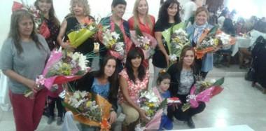 Todas las mujeres galardonadas por su contribución a la sociedad desde sus humildes y laboriosas  tareas diarias.