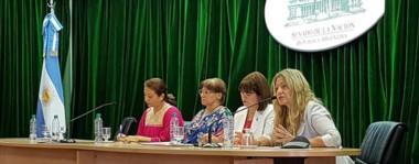 Susana Roberts  representó  a Chubut, como Embajadora de Paz, obtuvo el Premio de Grandes Mujeres y  habló sobre el Rol de la Mujer en el presente Milenio.
