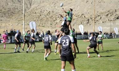 En Comodoro Rivadavia se midieron los equipos chubutenses por el Campeonato Argentino Juvenil. La Unión del Chubut salió mejor parada.