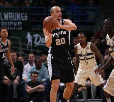 Tercera victoria en fila de los Bucks, que le cortaron la racha de 6 ganados a los Spurs de Ginóbili.
