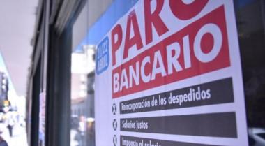 Trabajadores de bancos realizarán esta semana asambleas sorpresivas en los lugares de trabajo en reclamo de un incremento salarial superior a la meta oficial de inflación.