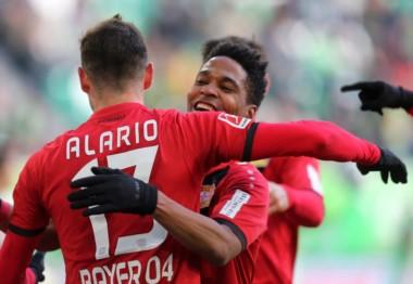 Con un gol y una asistencia de Lucas Alario, Bayer Leverkusen le ganó 2-1 como visitante al Wolfsburgo.