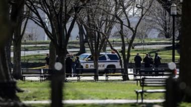 Un hombre se disparó a sí mismo frente a la Casa Blanca.