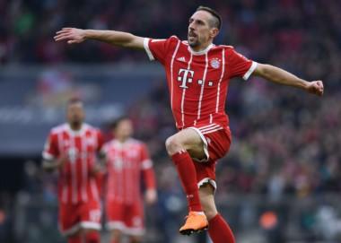 Ribery marcó uno de los 6 goles del Bayern. Lewandowski marcó un triplete y los restantes fueron de James Rodríguez y Muller.
