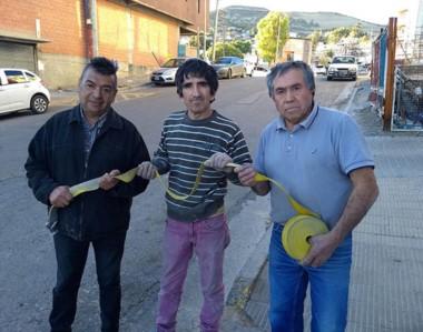 """Mario Rosas y sus """"padrinos"""", a un año de protagonizar el rescate."""