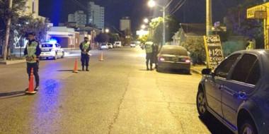 Uno de los requerimientos que se efectuaron por vecinos se dio en la esquina de Chile y Mitre.