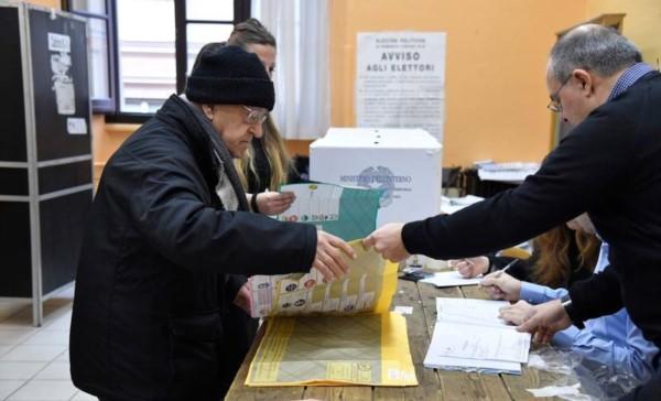 Italia vota en plena oleada de eurofobia y populismo.